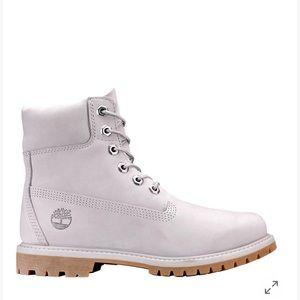 Timberland Light Grey Nubuck Shoes for men